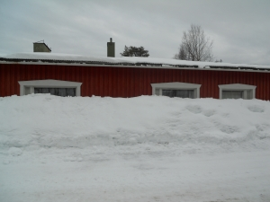 2 m snow wall from when the snow slid off the roof