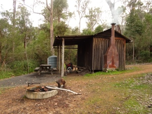 150813 Fernhook Falls hut