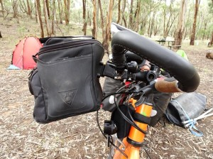 My latest equipment failure. Topeak's handlebar bag can't take the bouncing