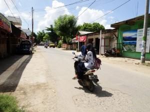 Main drag Kuta Lombok