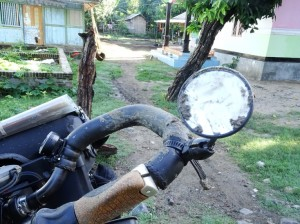 Even the handlebars need a clean, from when I slid out on the muddy track