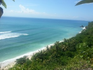 Pantai Padang Pandang from Thomas Homestay. It's quite a view, with the rooms enjoying it uninterrupted. The surf providing the lullaby.