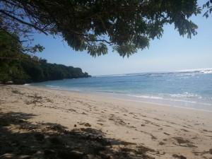Pantai Padang Padang up close. Finding shade is a necessity.