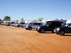 Devils Marbles camp site. More like a 4WD + caravan yard. Not my kinda place so I rambled on to find a place somewhat less suburban