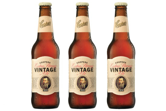 VINTAGE-ALE-BOTTLE-IMAGE-WET