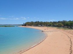 Roebuck Bay beach