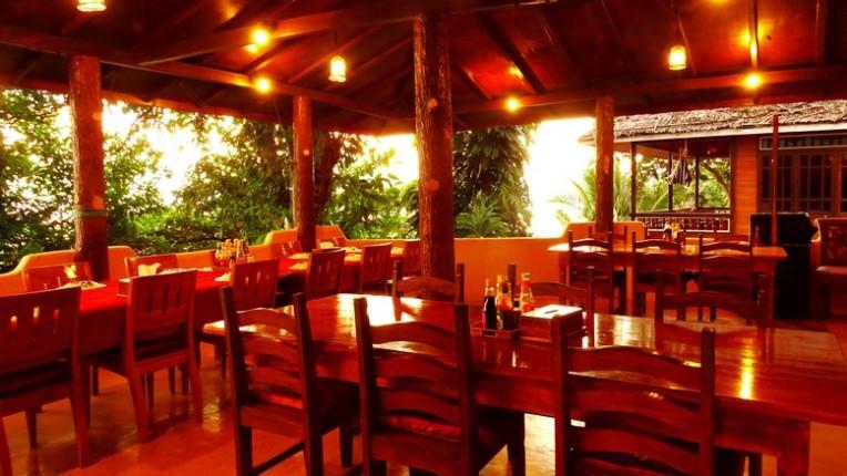 Panorama 2's restaurant, before the crush