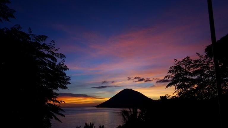 170501 Bunaken sunset 11