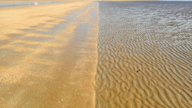 Mindil Beach natural art