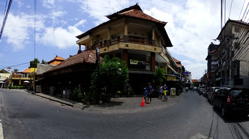 Legian, in front of the Swiss-Belinn hotel
